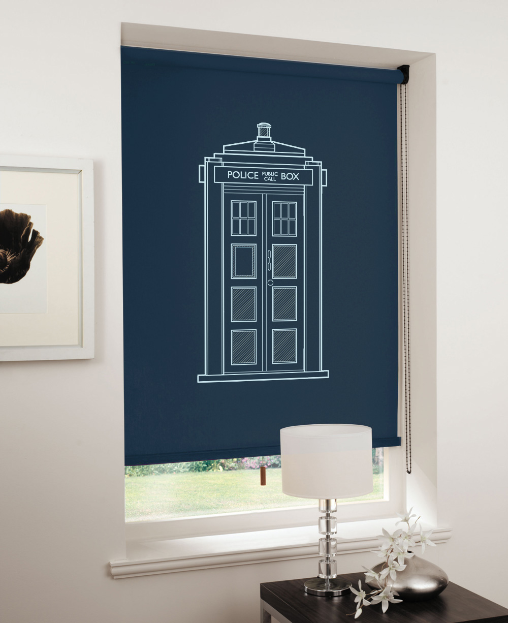 bedroom spaceships thanks to blueprints on blinds
