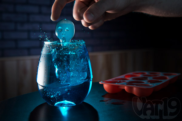 how to serve ice at a drink bar