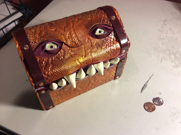 fantasy-monster-boxes-leather-fine-line-workshop-mellie-z-16-600x449