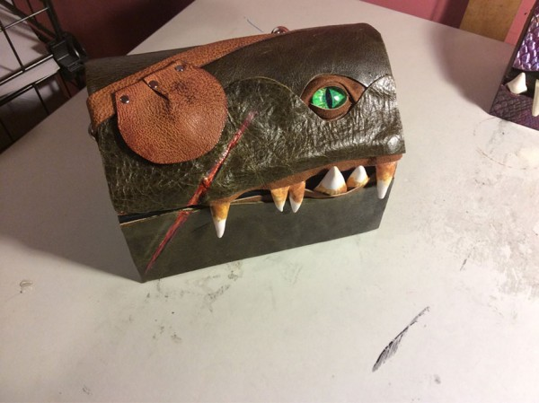 fantasy-monster-boxes-leather-fine-line-workshop-mellie-z-17-600x449