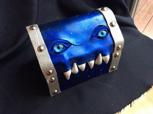 fantasy-monster-boxes-leather-fine-line-workshop-mellie-z-8-600x448